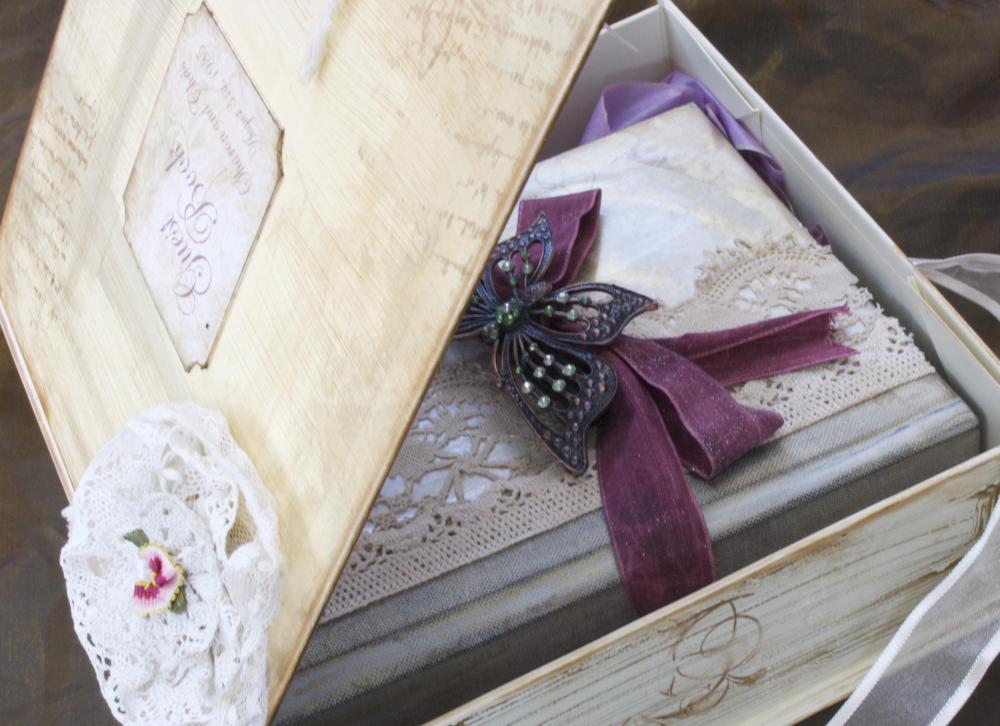 Wedding Guest Book Keepsake Box in Vintage Shabby Chic style - Custom